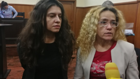 Десислава Иванчева (вдясно) и  Биляна Петрова