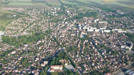 Изглед от въздуха към Павликени