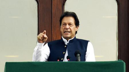 Пакистанският премиер Имран Хан