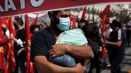 На протеста в Атина - 6 май 2021 г.