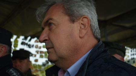 """Зам.-министърът на отбраната Пламен Йорданов наблюдава учението """"Балкански страж 21"""" в Ново село."""