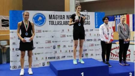 Мария Мицова (вляво) остана втора в Унгария.