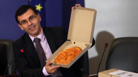 Постната пица на Симеон Дянков