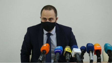 Triaditsa district mayor Dimitar Bozhilov at a press conference on the tragic incident
