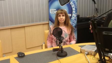 Сестра Мая Илиева в студиото на