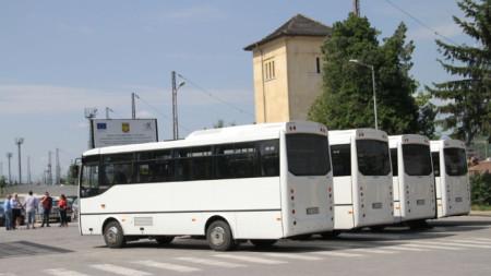Четирите автобуса ще се движат всеки ден през 30 минути.