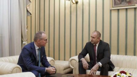 Президентът Румен Радев се срещна с председателя на ВКС Лозан Панов