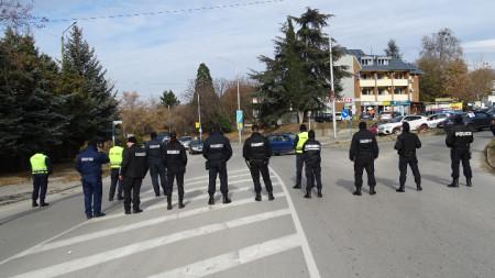 Органите на реда не допускат блокади на пътя