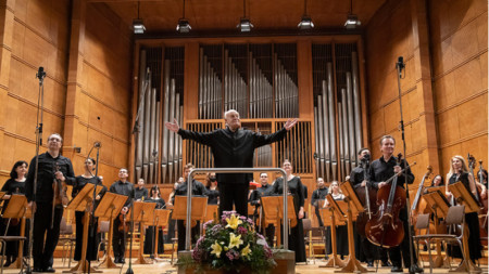 Георги Димитров на диригентския пулт на Софийската филхармония