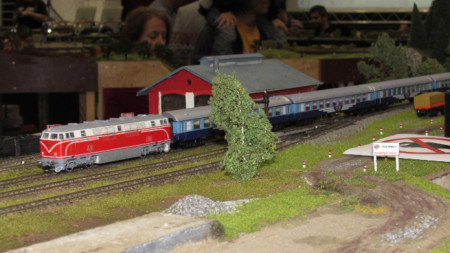 макети на мини влакове