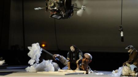 """""""Малкият театър на края на света"""" – опус II"""