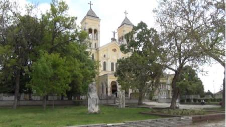 Католическата катедрала в град Раковски