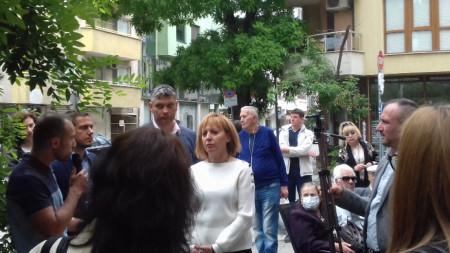 Мая Манолова в Пловдив