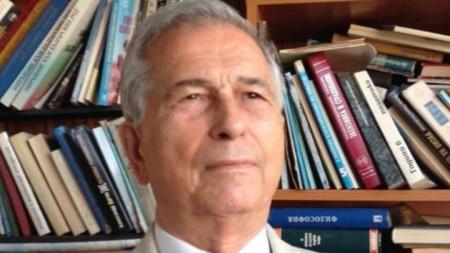 Петър Куцаров