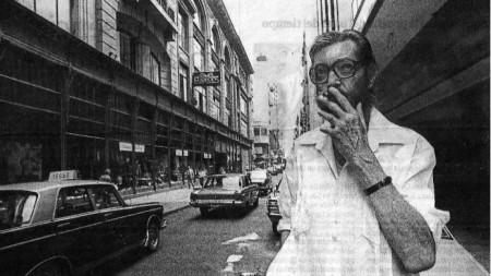 Кортасар, сниман в Буенос Айрес през 1983 г., след 10-годишно изгнаничество в Париж.