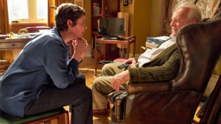 """Оливия Колман с Антъни Хопкинс във филма """"Бащата"""""""