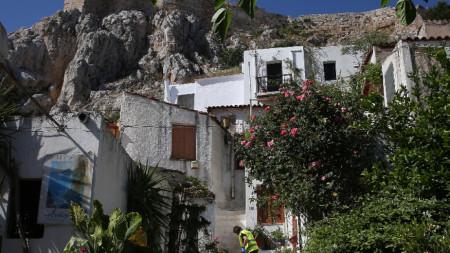 Анафиотика - живописният малък квартал на Атина, разположен е в североизточната страна на хълма Акрополис, 24 май 2020 г.