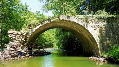 Вълчанов мост