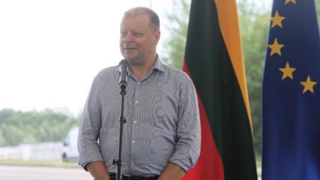 Министър-председателят на Литва Саулиус Сквернялис се надява да запази властта след изборите в неделя