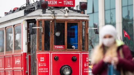Истанбул, 26 март 2020 г.