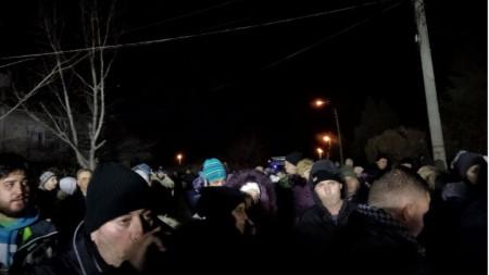 Над 200 жители на пловдивското село Войводиново протестираха и на 7 януари вечерта.