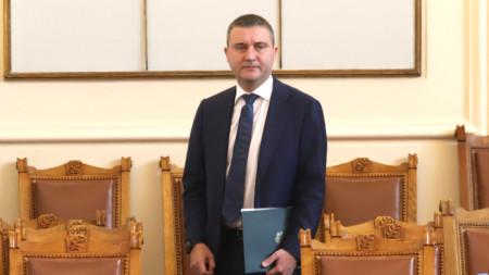 Финансовият министър Владислав Горанов в парламента -  19 юни 2020 г.