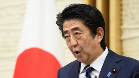 Японският премиер обяви предсрочно края на извънредното положение в 39 префектури.