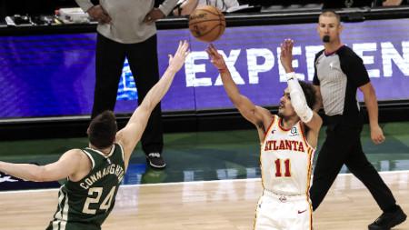 Тре Йънг наниза 48 точки за Атланта.