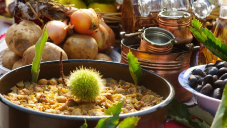 На празника бяха представени множество ястия с кестени