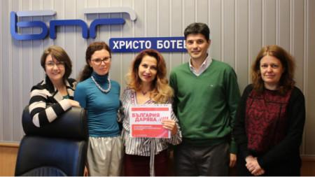 Теодора Петрова, Гергана Куцева, Ива Дойчинова, Любен Панов и Миряна Сирийски (отляво надясно)