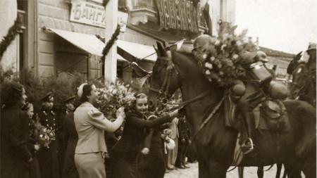 Посрещане на българската армия в Добрич - 25.09.1940 г.