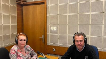 """Проф. Венелин Терзиев и Анелия Торошанова в студиото на предаването """"Законът и Темида"""""""