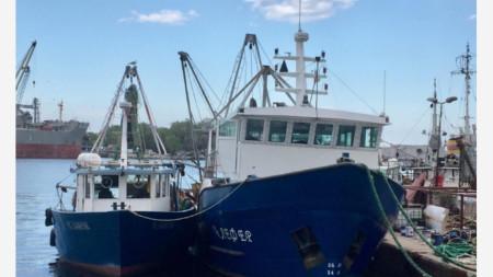 Риболовните кораби