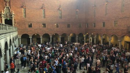 1200 души се събраха в Стокхолм, за да обсъдят и проблема с фалшивите новини.