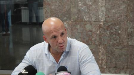 Енчо Керязов