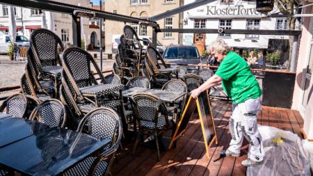 Подготовка за отваряне на ресторант в Копенхаген, 16 април 2021 г.