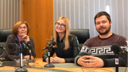 Цвета Николова, Симона Велева и Ивайло Спасов в студиото на