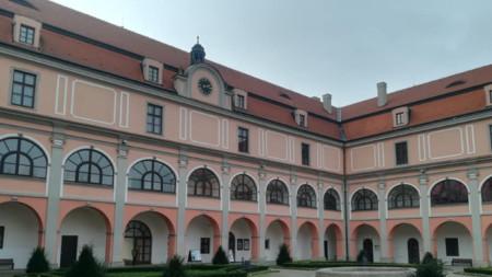 Замъкът Жеротин