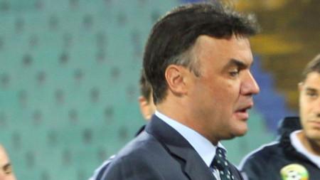 Борислав Михайлов обяви, че няма да подава оставка след загубата от Англия