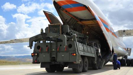 Руските зенитни комплекси С-400 бяха доставени на Турция през юли 2019