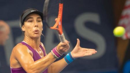 Елица Костова отстъпи в 3 сета.