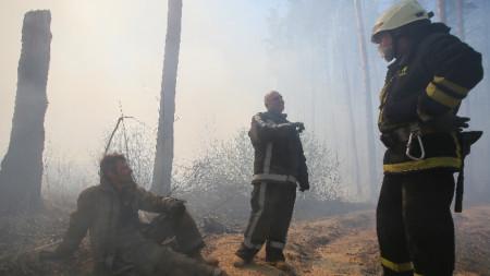 Пожарът край бившата Чернобилска АЕЦ избухна на 4 април.