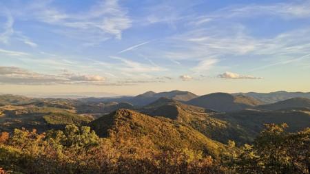 Панорама от връх Голеш