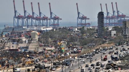Изглед към пристанището в Бейрут, 5 август 2020 г.