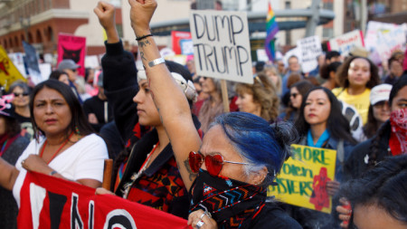 Демонстранти на протеста в Лос Анджелис, Калифорния.