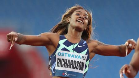 Ричардсън пропуска Игрите заради пушене на марихуана.