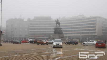 Въздух с повишени нива на фини прахови частици в София се регистрира най-често през зимата
