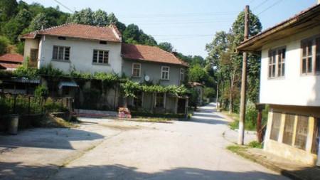 Село Райковци
