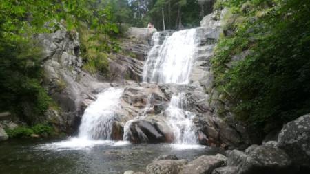 Водопадът в Попина лъка