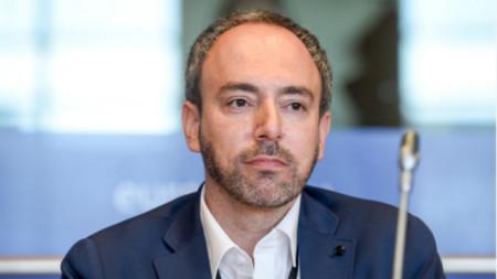 Сергей Лагодински